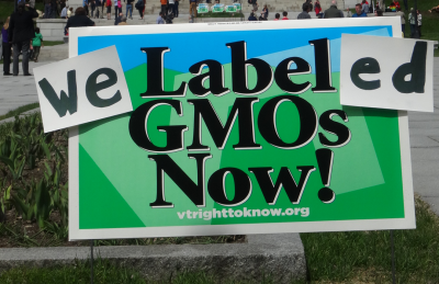 GMO_LabeledSignCrop-400x259.png