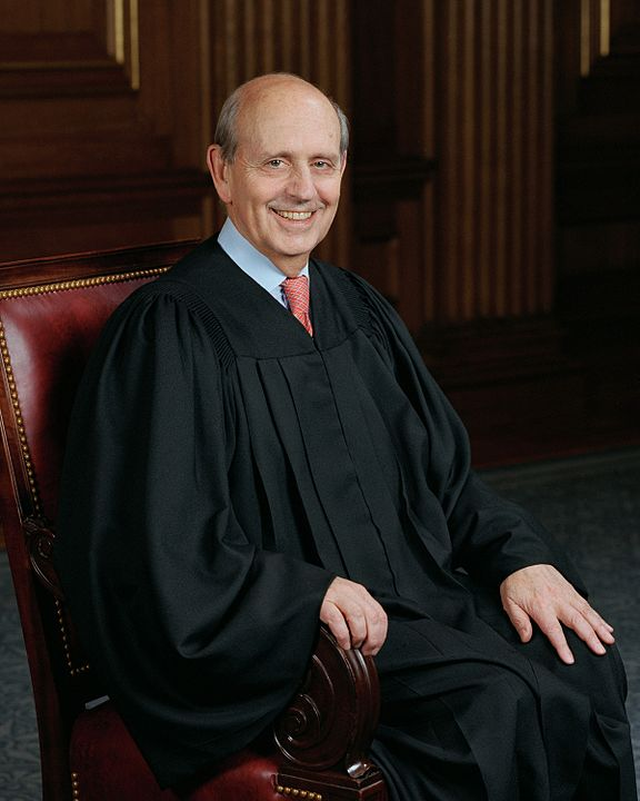 576px-Stephen_Breyer__SCOTUS_photo_portrait.jpg
