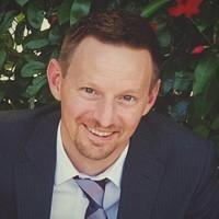 Aaron_Smith_McLallan_headshot.jpg