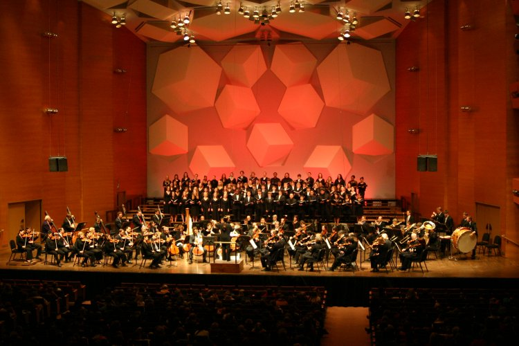 Minnesota-Orchestra-03_Verdi-2010_.jpg