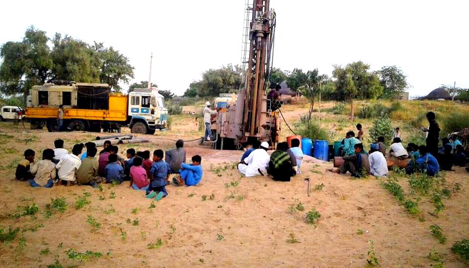 Tamilyaar_Rajasthan_Borewell-001.jpg