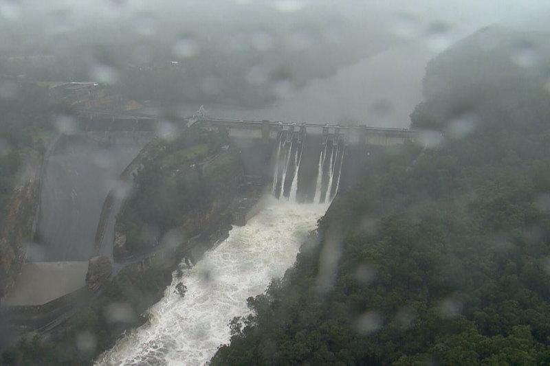 'Raising Warragamba Dam won't stop flooding': former Emergency Services Minister Image