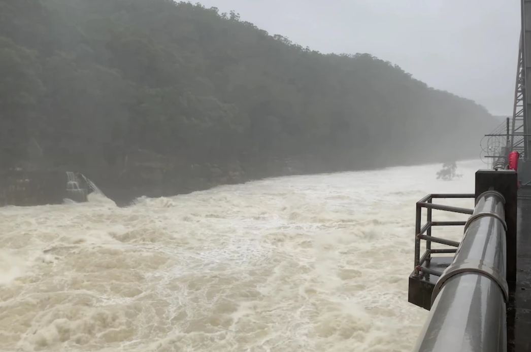 There's a controversial plan for Warragamba Dam — some say it could have slowed Sydney's floods Image