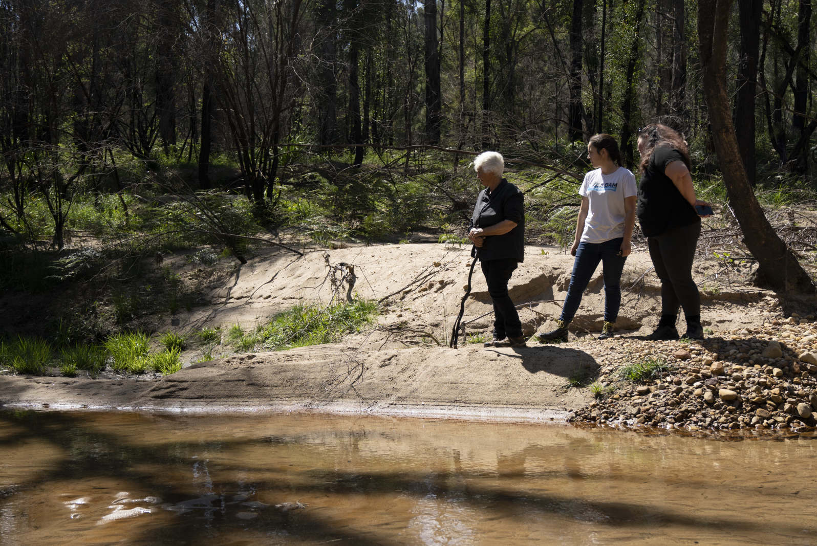 Traditional owners launch federal bid to stop raising of Warragamba Dam wall Image
