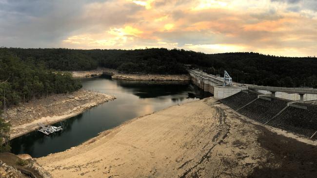 Heritage report slams impact of Warragamba Dam project Image