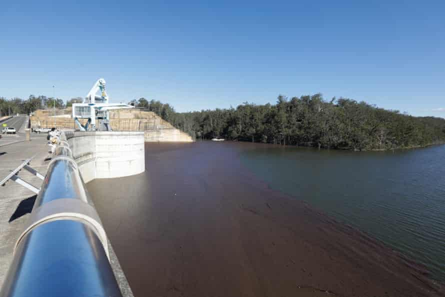 Warragamba Dam: is western Sydney about to flood and would raising the dam wall help? Image