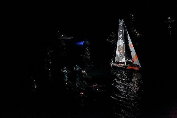 Dongfeng wins in newport