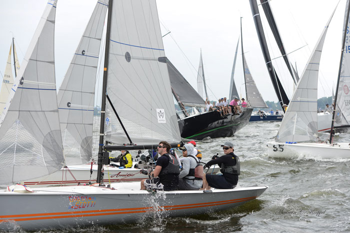 Larchmont Race Week Around Execution Rock