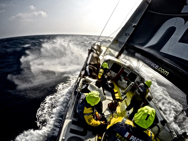 Team SCA (Sam Davies/GBR) and Team Brunel (Bouwe Bekking/NED) have taken their courage in their hands with a push north for more wind in Leg 4 of the Volvo Ocean Race as the fleet entered the Pacific Ocean on Wednesday.