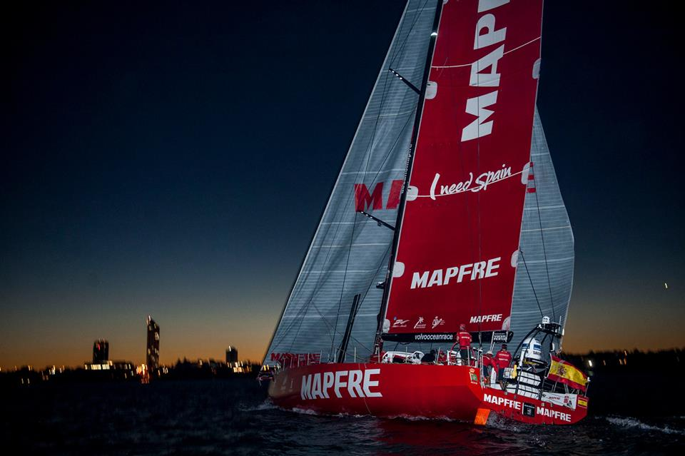 MAPFRE wins leg 4 vor