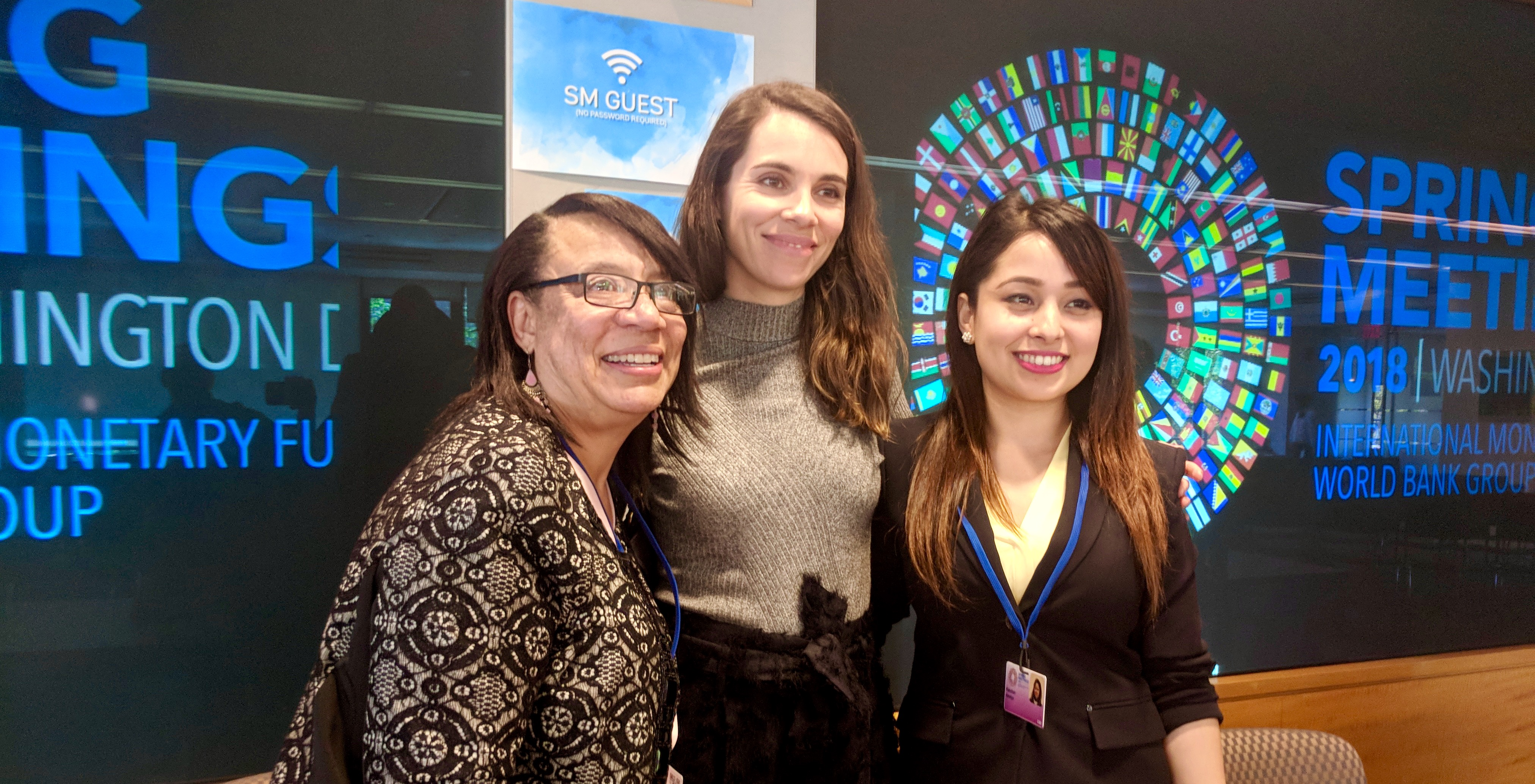 Women Thrive ED and Alliance members at World Bank event