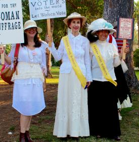 suffrage_paraders.jpg