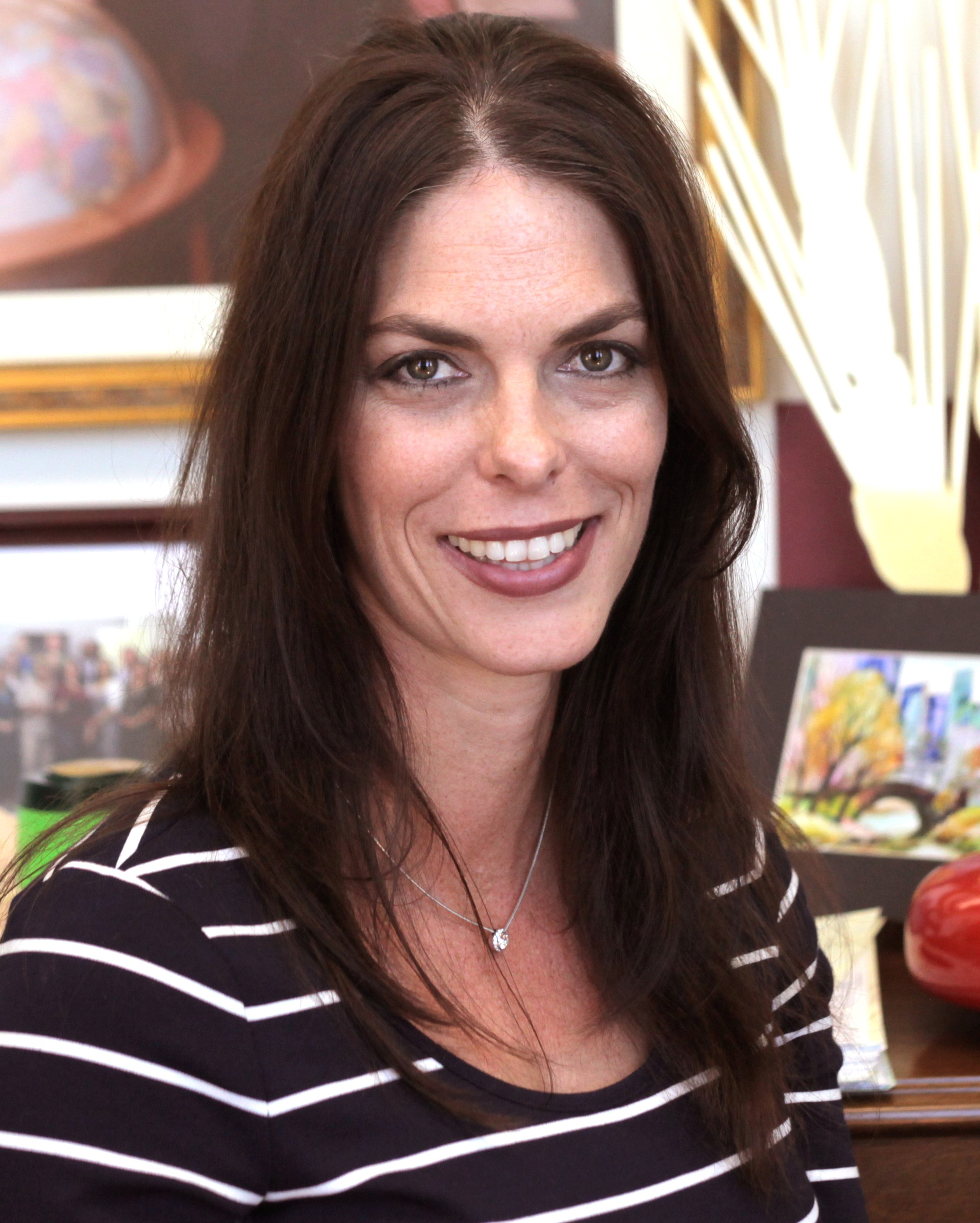 julie_borlaug_head_shot.jpg