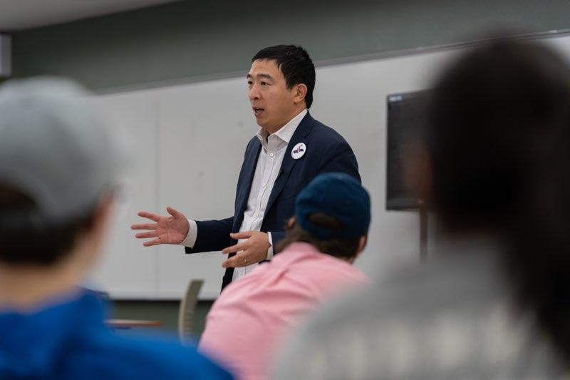 Andrew Yang speaks with college students about his platform