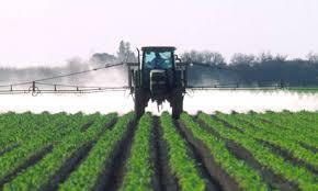 tractor_spraying.jpg