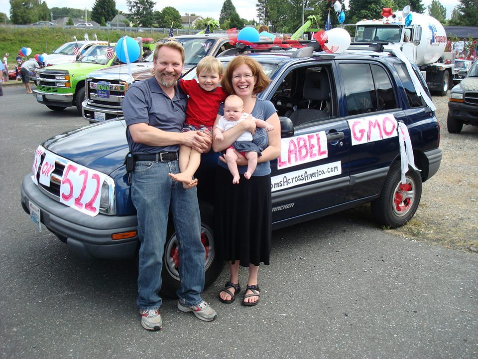 maam_parade_blain_wa_car_and_family.jpg