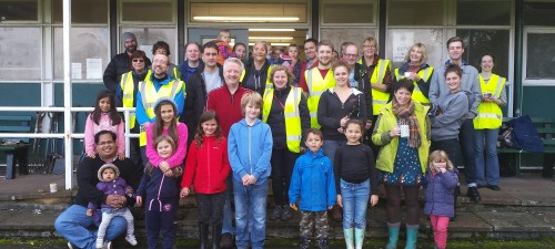 Friends of Bolehills bulb planting team