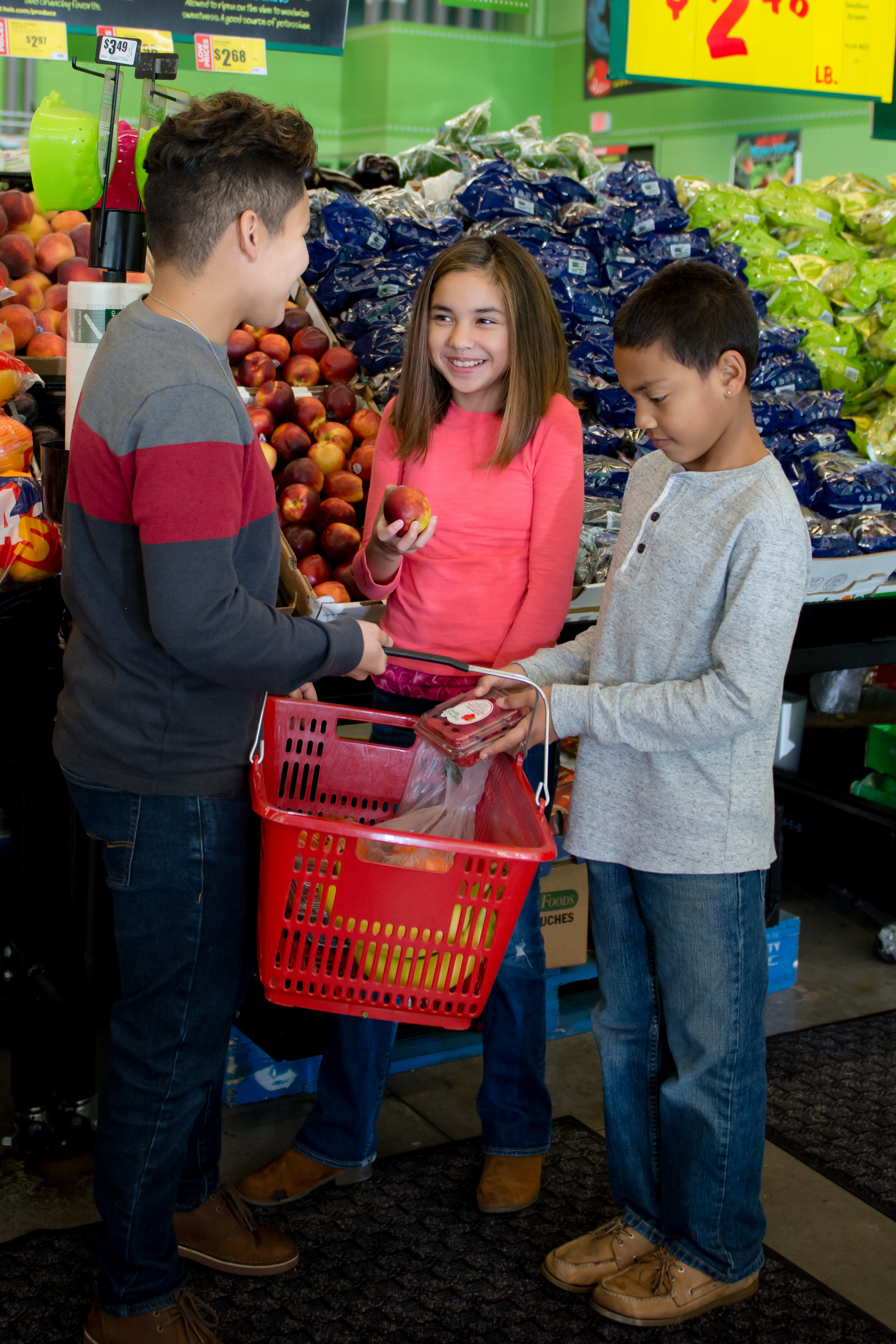 Children shopping at a grocery store