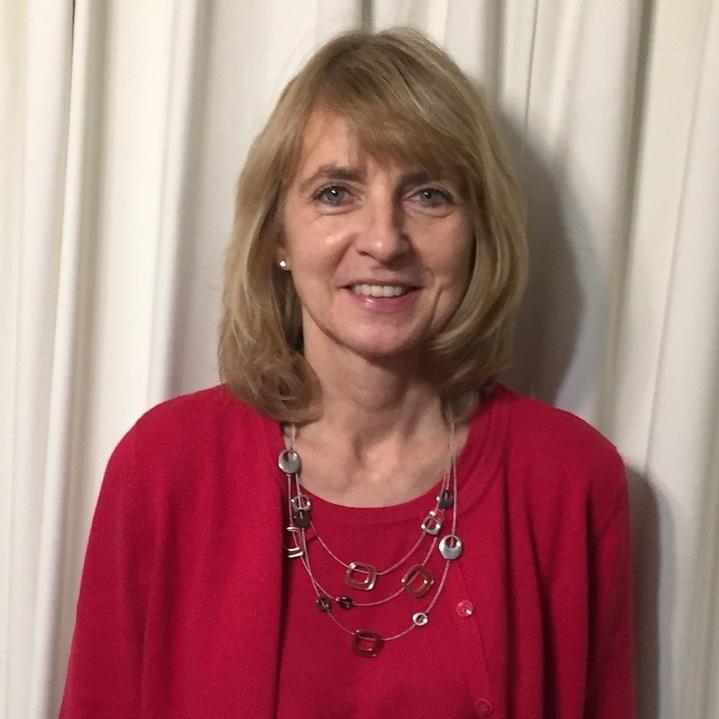 Joan Fishburn headshot