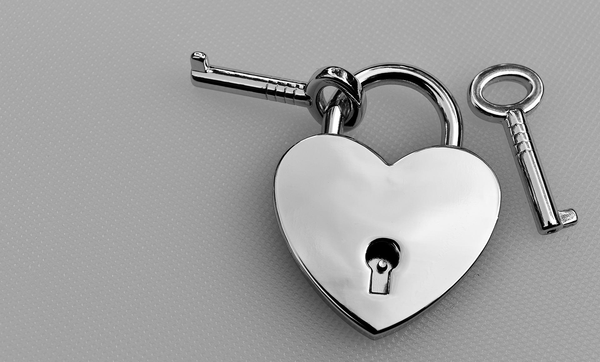 heart shaped lock with key
