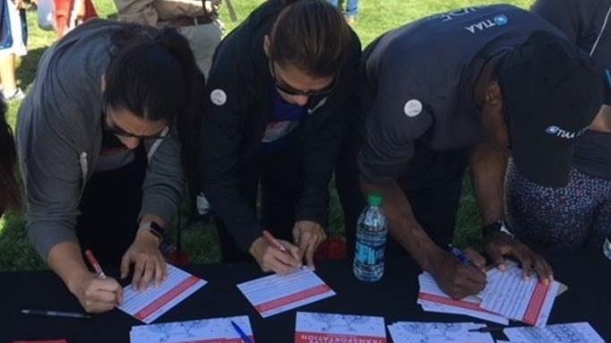 Denver Heart Walk signing cards