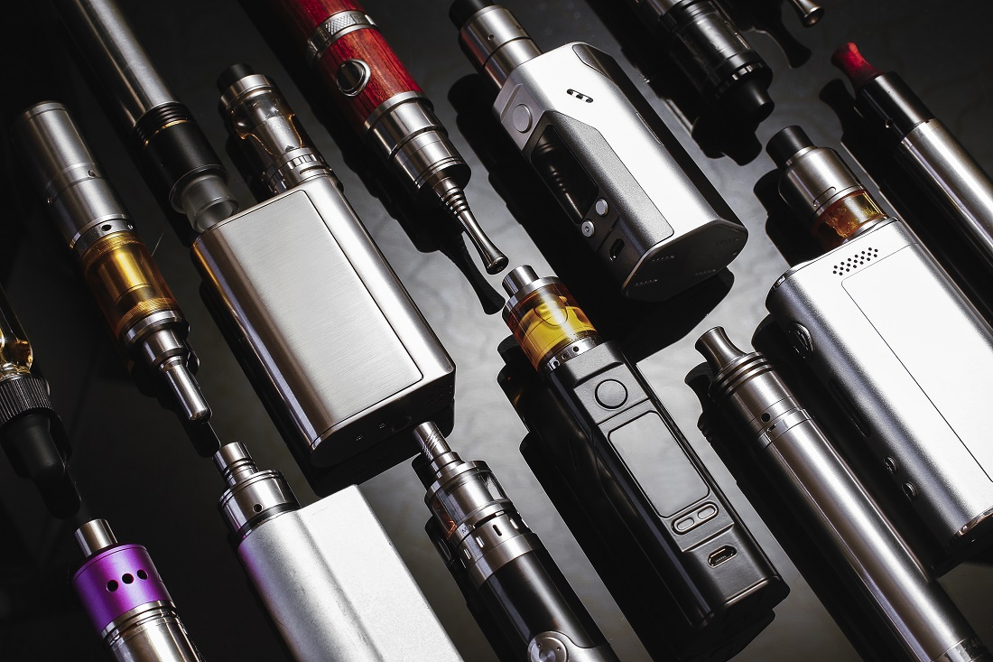 A table of vaping products