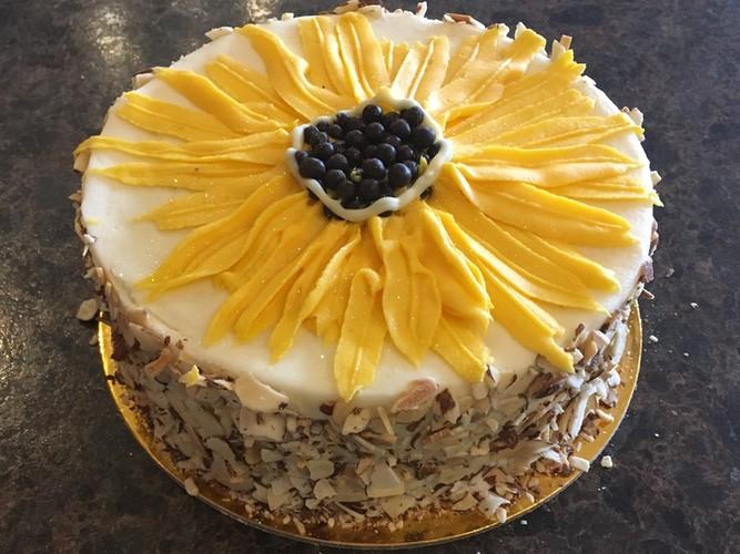sunflower_carrot_cake.jpg