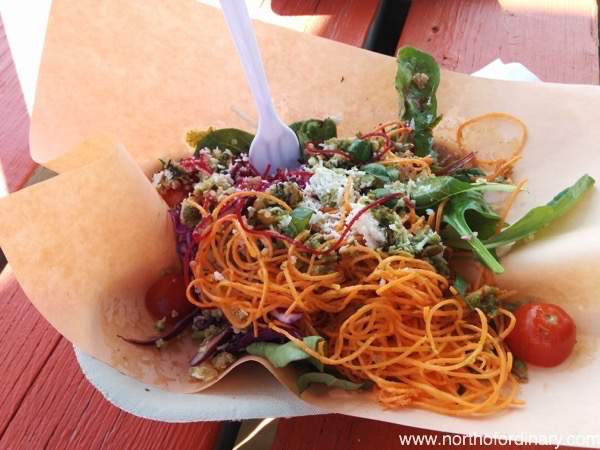 lo_res_aloha_salad.JPG