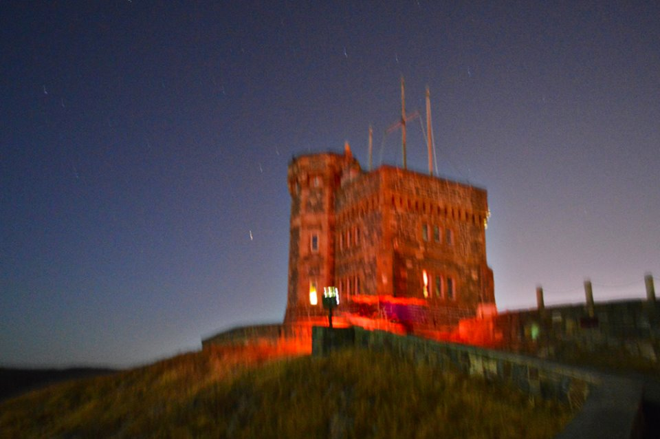 Cabot_tower_in_red.jpg